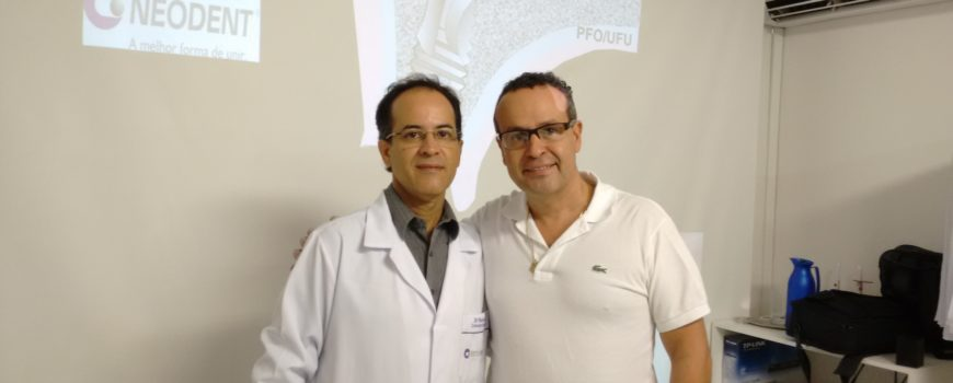 Professor Flávio Domingues Neves